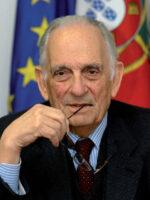 Adriano Moreira. Autor do livro A Nossa Época, das Edições Sílabo.