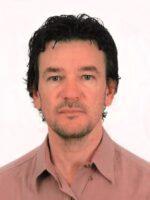 Alex de Lima Buzzetti. Autor do livro Formação Integral em Futebol, das Edições Sílabo.