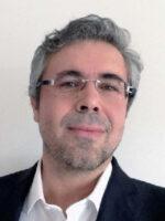 Carlos Carapeto. Autor dos livros Governação, Inovação e Tecnologias; Administração Pública, das Edições Sílabo.