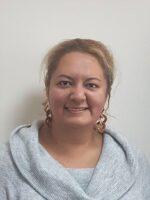 Deniza Alieva. Autora do livro Redes Sociais. Como compreendê-las? das Edições Sílabo.