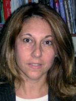 Elisabeth T. Pereira. Autora do livro Introdução à Economia, das Edições Sílabo.