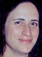 Elza Mesquita. Autora dos livros Formação, Trabalho e Aprendizagem; Formação Inicial de Professores; Competências do Professor, das Edições Sílabo.