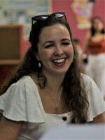 Esperanza Márquez. Autora do livro Redes Sociais. Como compreendê-las? das Edições Sílabo.