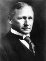 Frederick Winslow Taylor. Autor do livro Os Princípios da Gestão Científica, das Edições Sílabo.