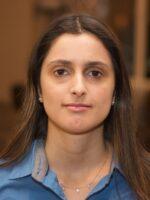 Gabriela Zago. Autora dos livros Redes Sociais, Redes Sociais. Como compreendê-las?, das Edições Sílabo.