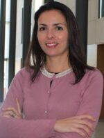 Isabel Dimas. Autora dos livros Equipas de Trabalho, Psicossociologia das Organizações, das Edições Sílabo.