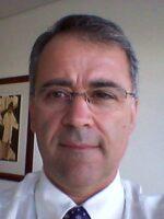 João Ralha. Autor dos livros Da Gestão, em Saúde; Da Gestão, em Autarquias, das Edições Sílabo.