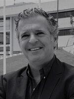 Jorge Caiado. Autor dos livros Métodos de Previsão em Gestão, Gestão de Instituições Financeiras, das Edições Sílabo.