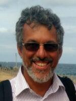 Luiz Oosterbeek. Autor do livro Desenvolvimento, Direitos Humanos e Segurança, das Edições Sílabo.