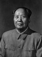 Mao Tse-Toung. Autor do livro Problemas Estratégicos da Guerra Subversiva, das Edições Sílabo.