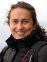 María-Antonia Ovalle-Perandones. Autora do livro Redes Sociais. Como compreendê-las? das Edições Sílabo.