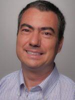 Pedro Isaías. Autor do livro E–business e Economia digital, das Edições Sílabo.