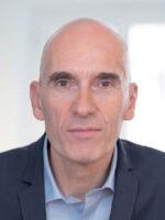 Philippe Korda. Autora do livro Negociar e Defender as suas Margens, das Edições Sílabo.